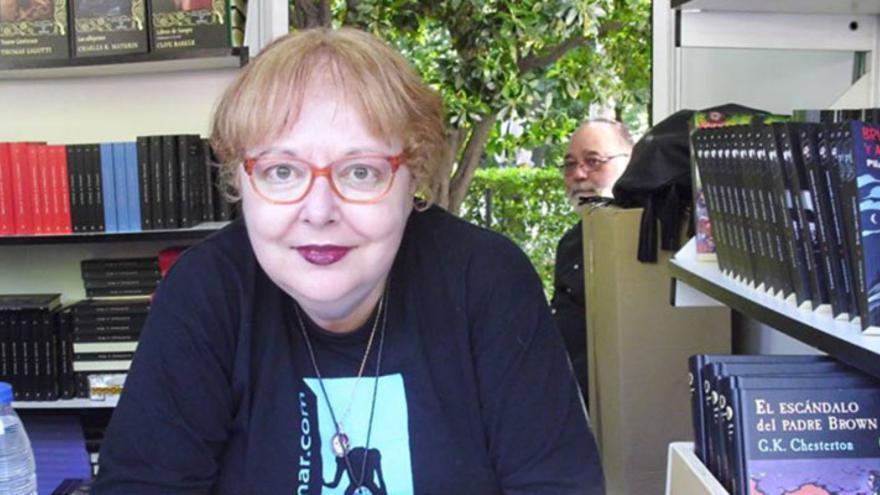 Pilar Pedraza recibe un premio literario recién creado por la Semana Gótica de Madrid mientras trabaja en su trilogía 'Las Antiguas'