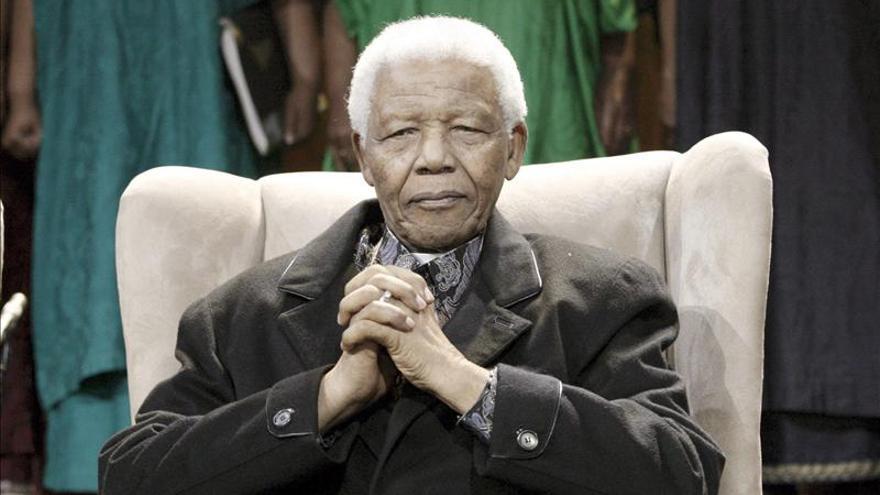 Mandela encara su quinto día hospitalizado en estado de gravedad
