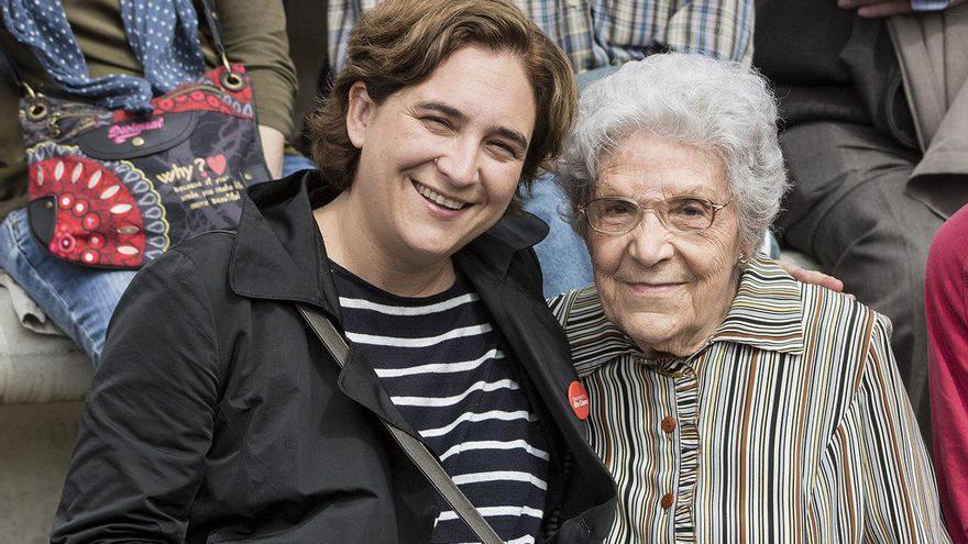 Ada Colau y Maria Savo