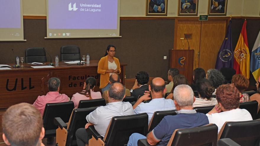 Patricia Perdomo en la conferencia de clausura del curso.