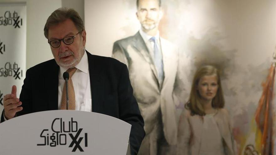 Cebrián dice que la presunción de inocencia ha desaparecido en España