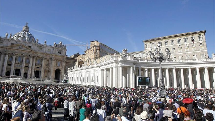 """El Papa llama a la demolición de """"todos los muros que aún hoy dividen el mundo"""""""