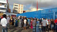 La policía de la frontera Marruecos - España impide el paso a cientos de refugiados sirios