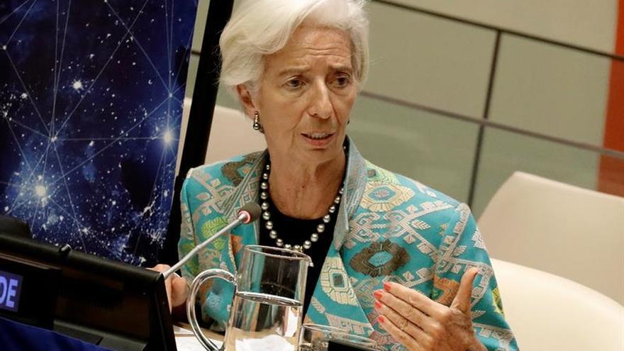 Lagarde: Si más mujeres decidieran infraestructuras, habría menos estadios