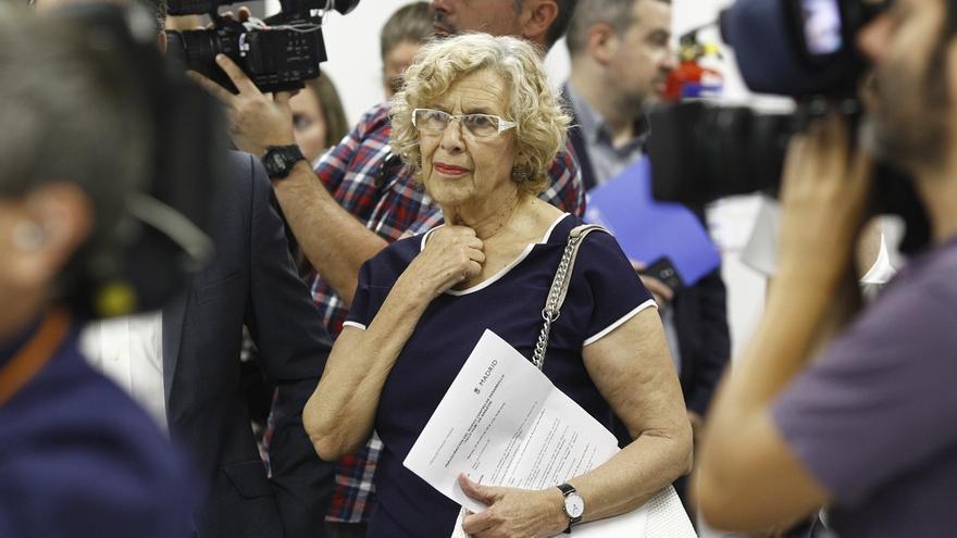 """Carmena llama a enfrentarse a la """"brutal sangría"""" terrorista con """"rebeldía"""" y sentimiento de """"confrontación"""""""