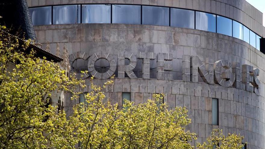 Aspecto del edificio de el Corte Inglés de la Pl. Cataluña de Barcelona, el Corte Inglés ha presentado un expediente de regulación temporal de empleo (ERTE).