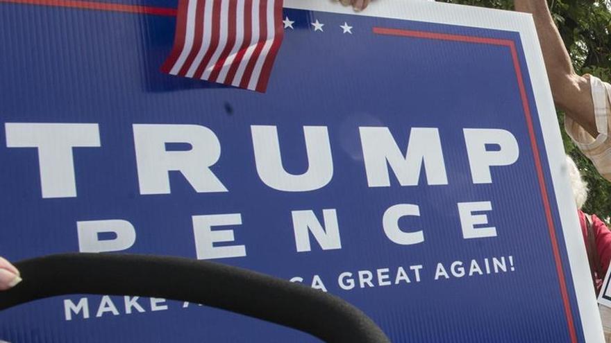"""Queman iglesia negra en Misisipi (EEUU) y pintan """"vota Trump"""" en su pared"""