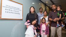 Los refugiados que escondieron a Snowden en Hong Kong se enfrentan a la deportación