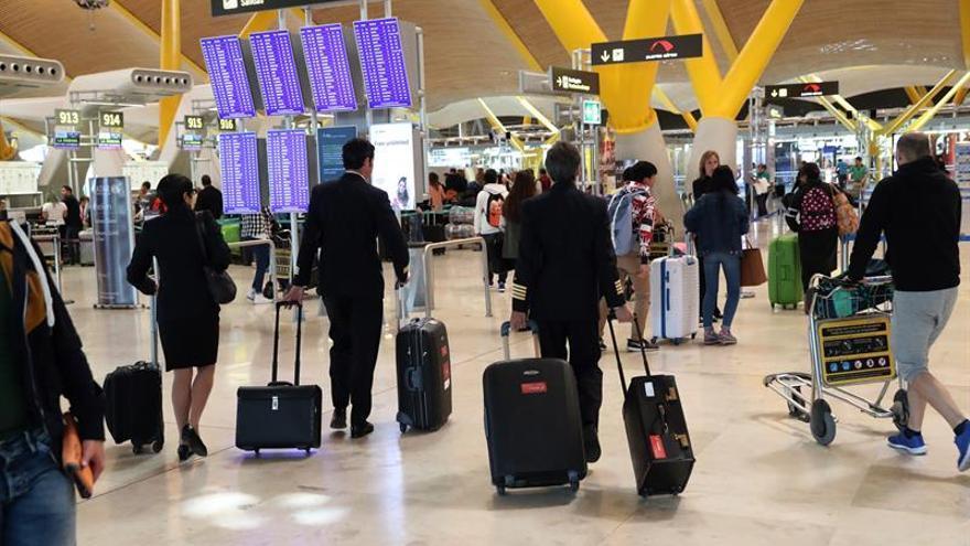 Aena registró entre enero y agosto 168,3 millones de pasajeros, un 8,3 % más