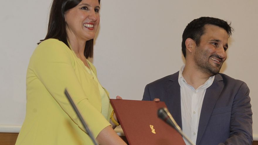 María José Català le cede el testigo a Vicent Marzà como conseller de Educación y Cultura