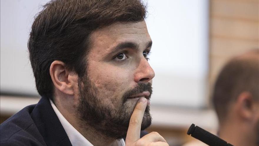 Garzón ataca a Podemos por huir de la izquierda y de su proyecto rupturista