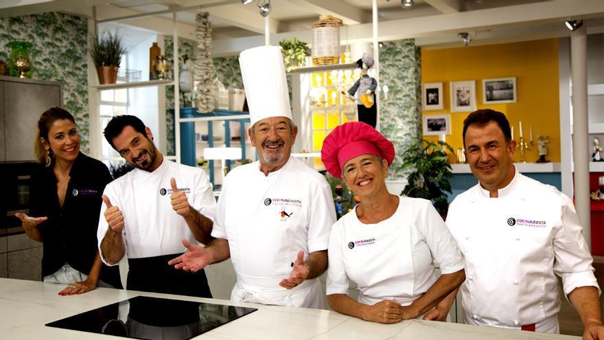 El equipo de 'Cocina abierta de Karlos Arguiñano'