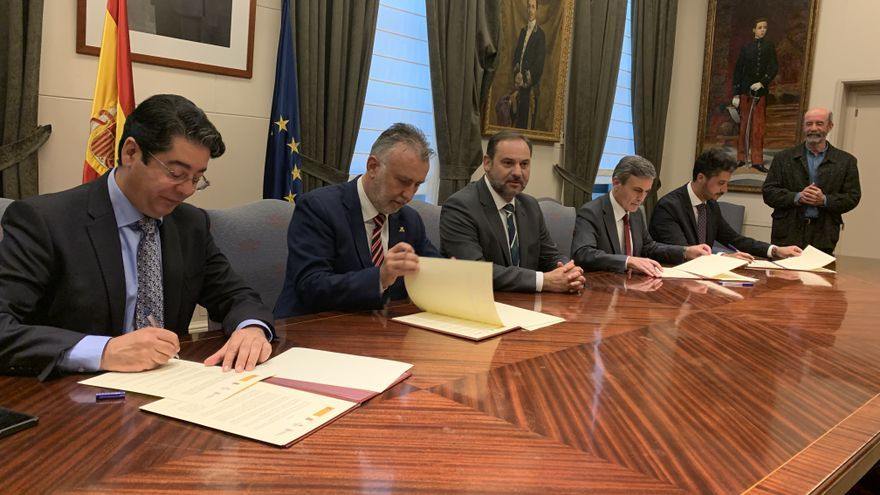 Firma del convenio por Las Chumberas en Madrid