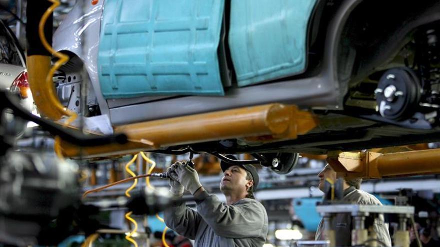 Analistas vuelven a empeorar su previsión sobre la economía brasileña en 2016