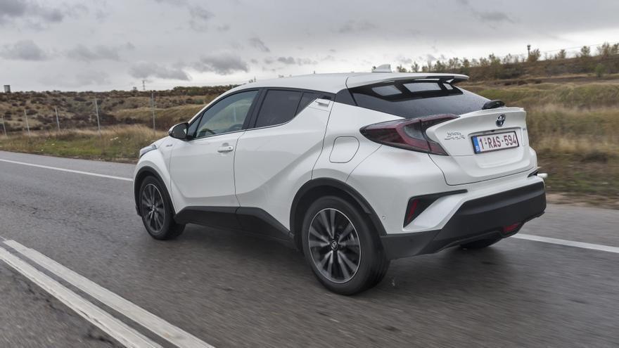 El ambicioso diseño exterior del C-HR no tiene parangón en la actual gama Toyota.