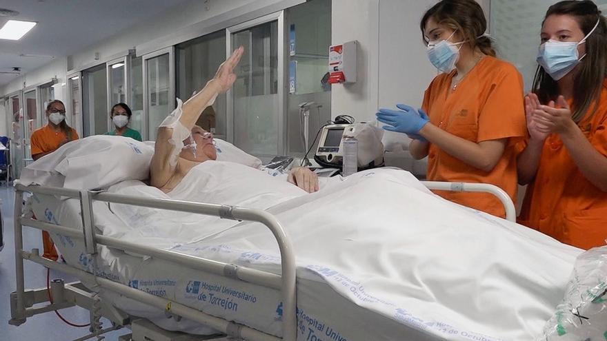 Pasa a planta el paciente con covid que más tiempo estuvo en la UCI en España