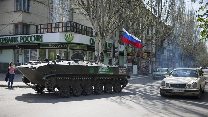 """El Ministerio de Interior ucraniano informa de """"cinco terroristas"""" muertos en Slaviansk"""