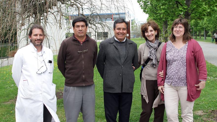 Susana Irisarri, responsable de Cooperación al Desarrollo de la UPNA (a la derecha).