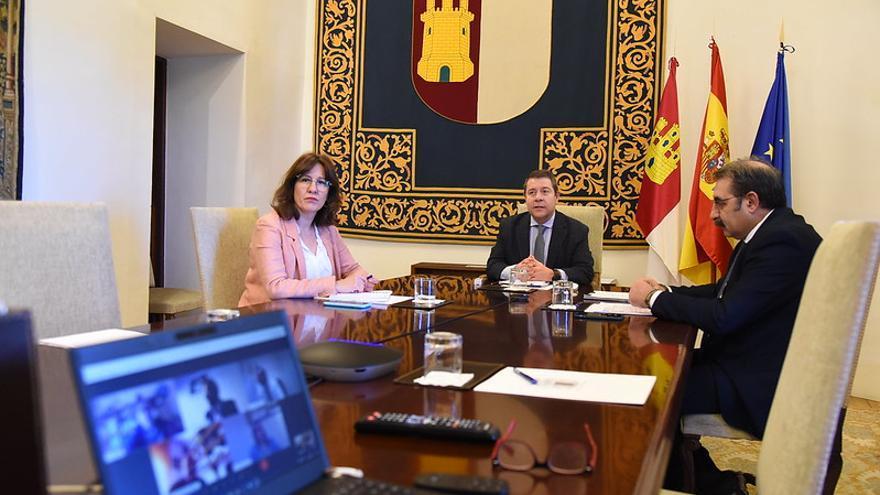 Videoconferencia, este sábado, con dirigentes de los partidos políticos