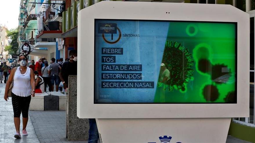Entre los nuevos confirmados hay un ciudadano español y los 25 restantes son cubanos que habían tenido contacto con pacientes ya diagnosticados o habían viajado al extranjero recientemente.