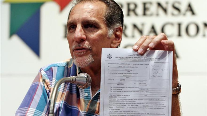 René González acredita su renuncia de ciudadanía ante un tribunal de EE.UU.