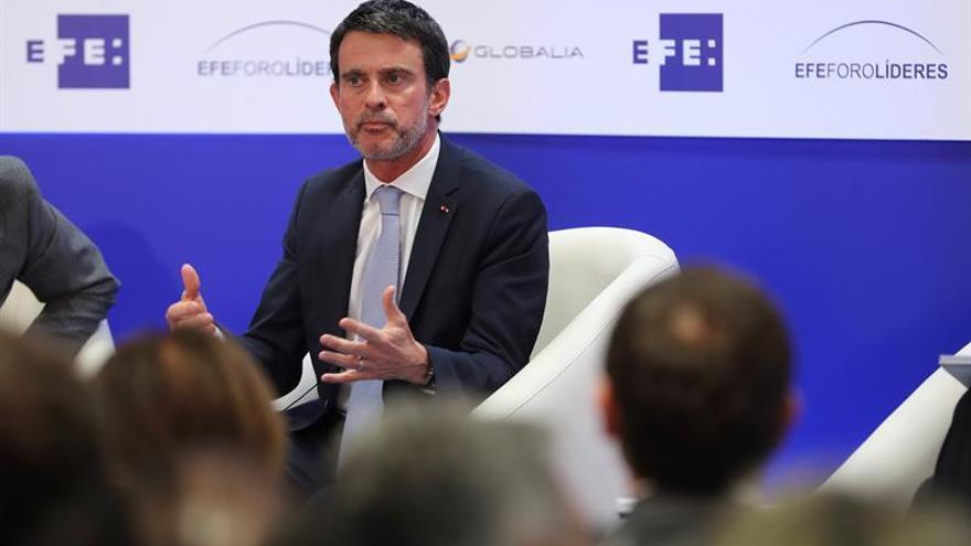 Valls confía en una solución política en Cataluña porque una separatista es imposible