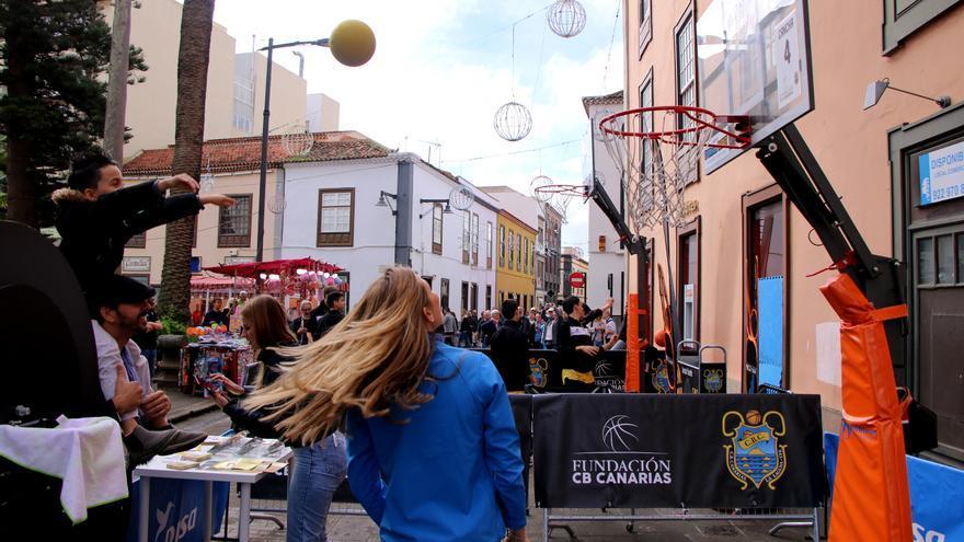 Actividades en la calle de La Noche en Blanco del año pasado.