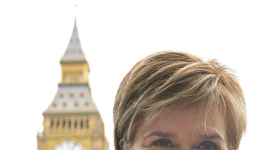 """Escocia ve """"erróneo"""" encarcelar a """"líderes electos"""" en Cataluña"""