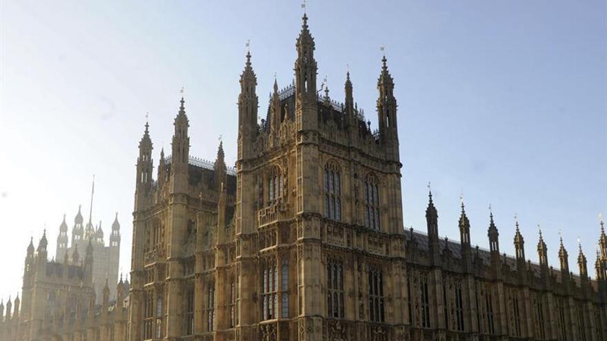 El Parlamento británico recuerda a la diputada Jo Cox