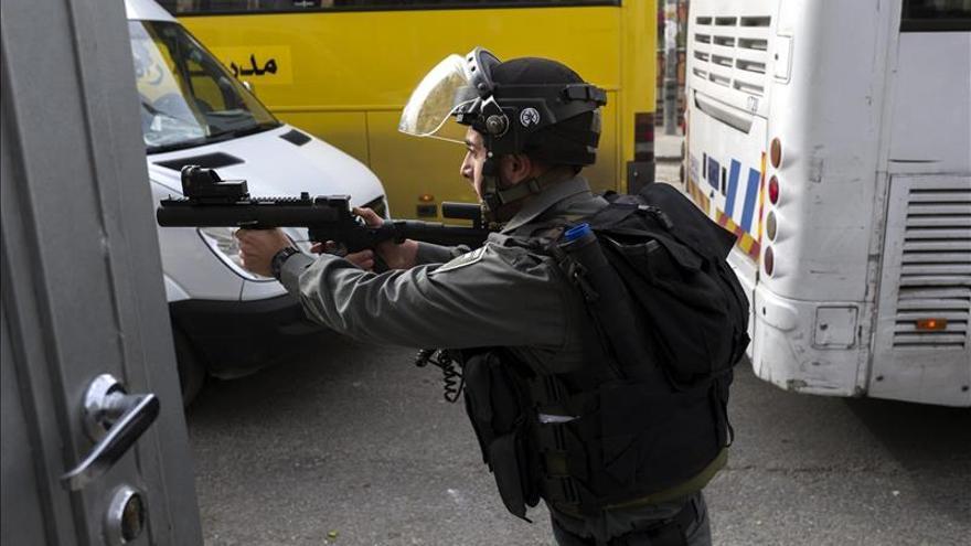 Un israelí herido en un apuñalamiento por dos menores palestinos en Jerusalén