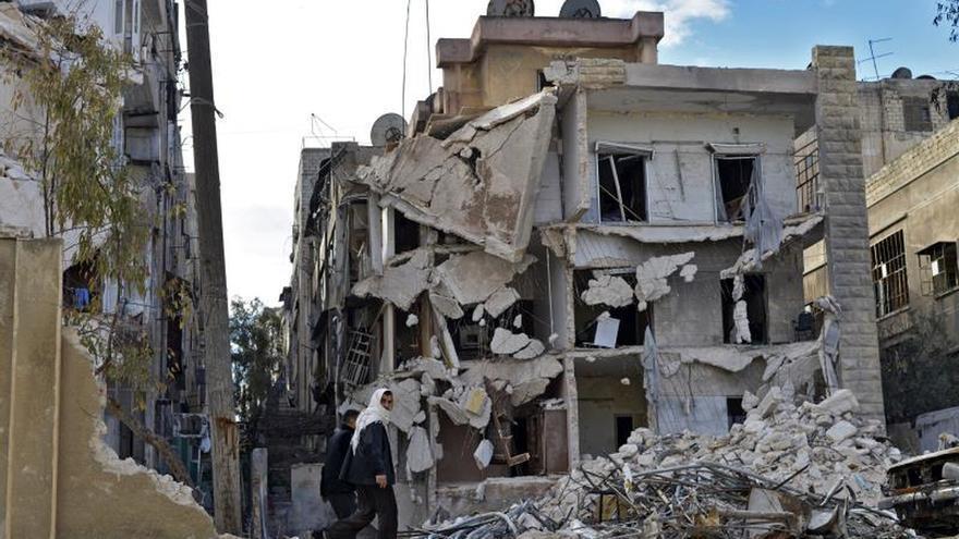 Las autoridades sirias anuncian que han retomado una estratégica carretera en Alepo