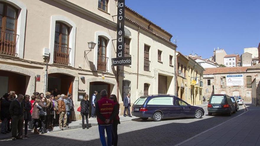 Los restos de los tres montañeros fallecidos en Picos llegan a Zamora