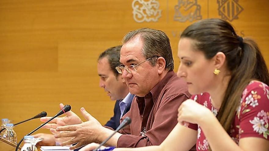 Uno de los extrabajadores de Ciegsa comparece en la comisión de investigación en las Corts