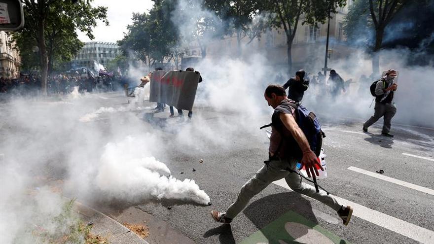 Disturbios en Francia tras el violento arresto de un joven al norte de París