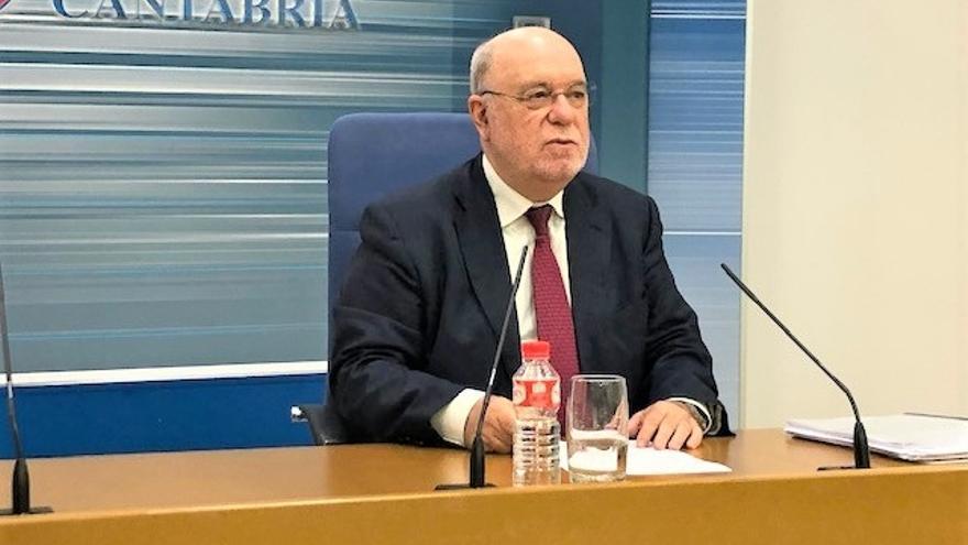 """Cantabria va """"un año adelantada"""" en cumplimiento de déficit y no tendrá que hacer """"ningún"""" ajuste este año, según Sota"""