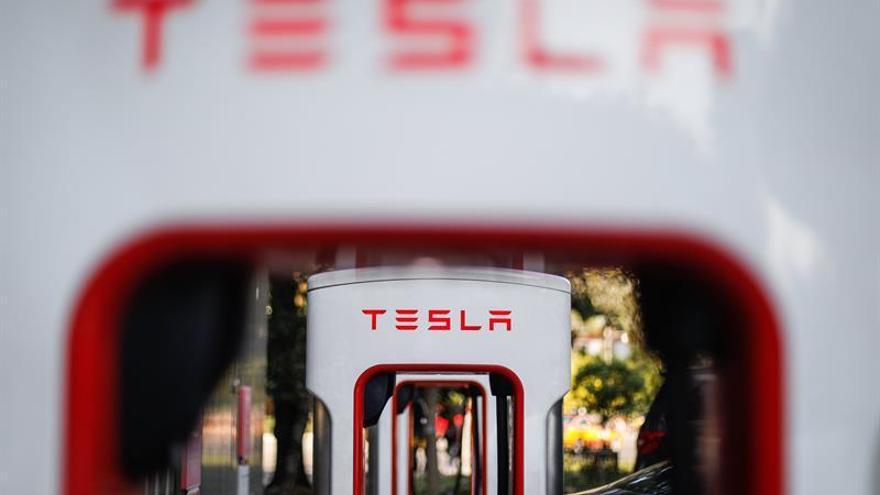 Este domingo acaba la supercarga gratuita ilimitada para los nuevos Tesla