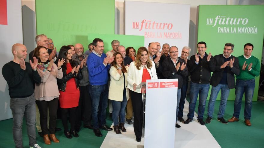 PSOE-A ganaría las autonómicas con ocho puntos sobre el PP-A y Podemos y C's mejorarían resultados, según El Correo