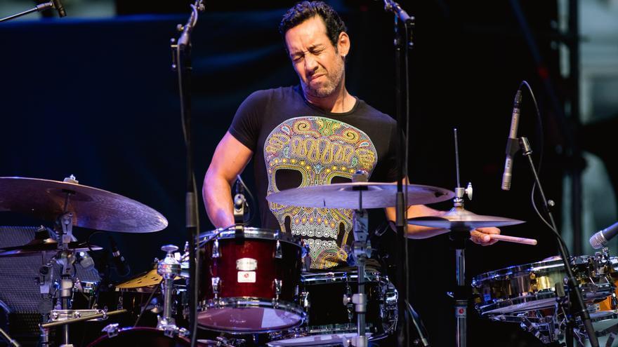 El redoble final de Antonio Sánchez pone un gran broche al Jazz de Vitoria