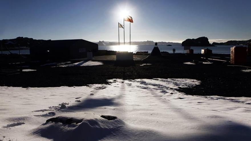 Chile modernizará la mayor base antártida para afianzar presencia en la zona
