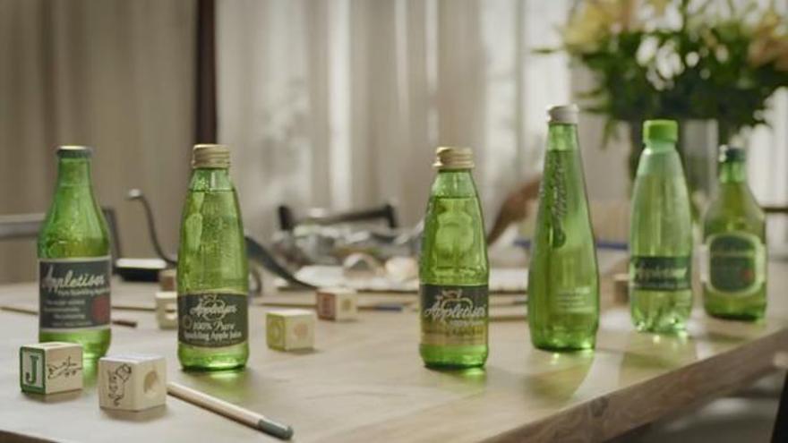 Diferentes modelos de la bebida Appletiser.