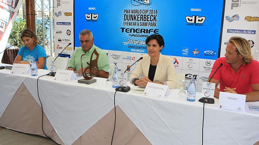 Presentación del Mundial de Windsurf de Tenerife en el hotel Arenas del Mar de El Médano, Granadilla de Abona.