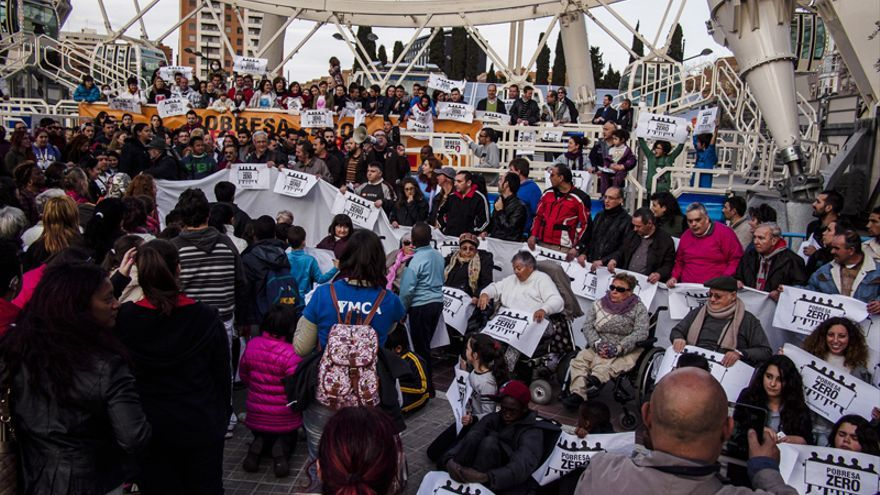 Un instante de la concentración celebrada en Valencia/Rafa Sanchis