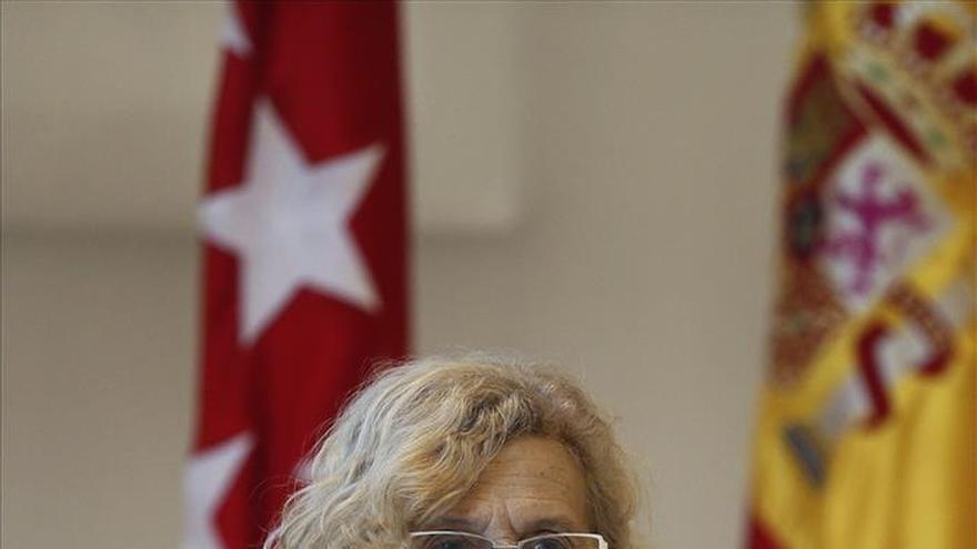 Carmena no retirará la subvención a la AVT