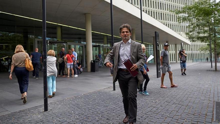 Oriol Pujol asume que cobró mordidas, en un pacto que le libra de ser juzgado