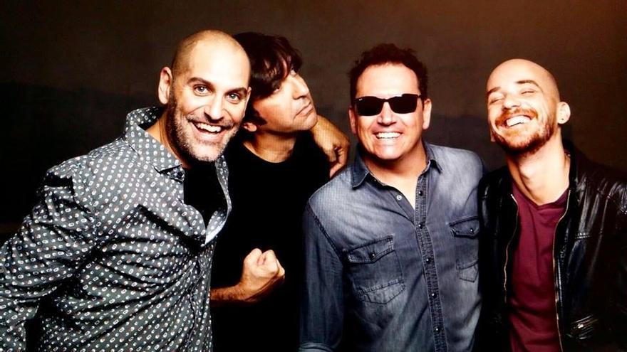El grupo musical Los Salvapantallas.