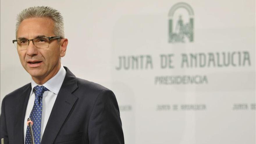 Andalucía no aplicará medidas adicionales para cumplir el objetivo de déficit