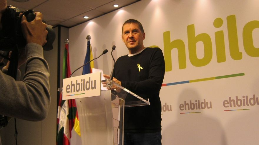 """Otegi: """"Quienes no extraditan a torturadores del franquismo, encarcelan a los republicanos catalanes"""""""