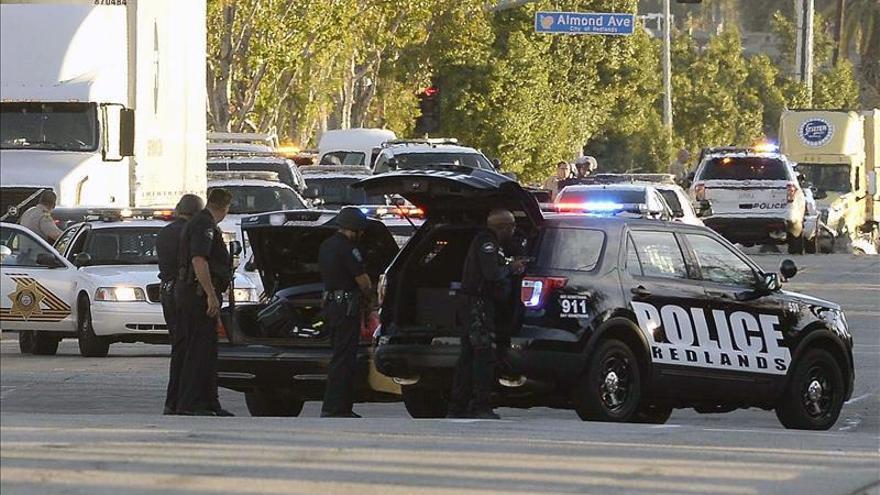 Detienen a un hombre armado en la universidad estatal de Arkansas (EE.UU.)