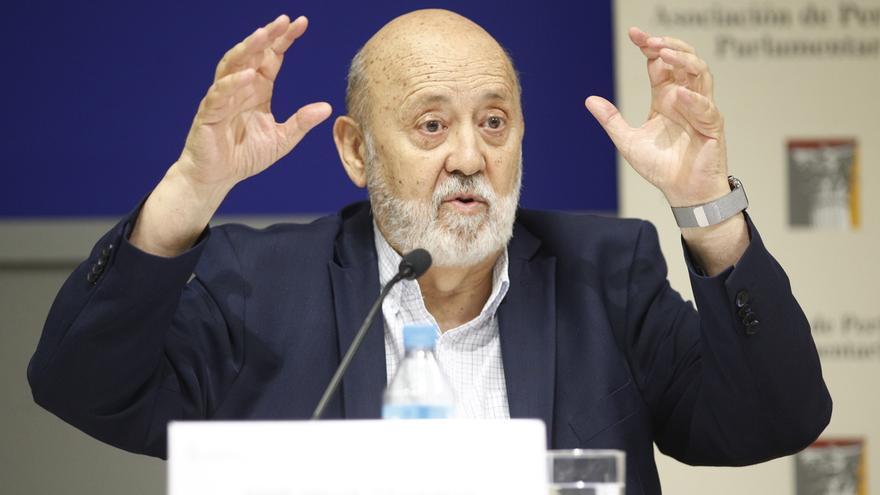 Vox también denuncia a Tezanos ante la JEC por pedir el voto para el PSOE