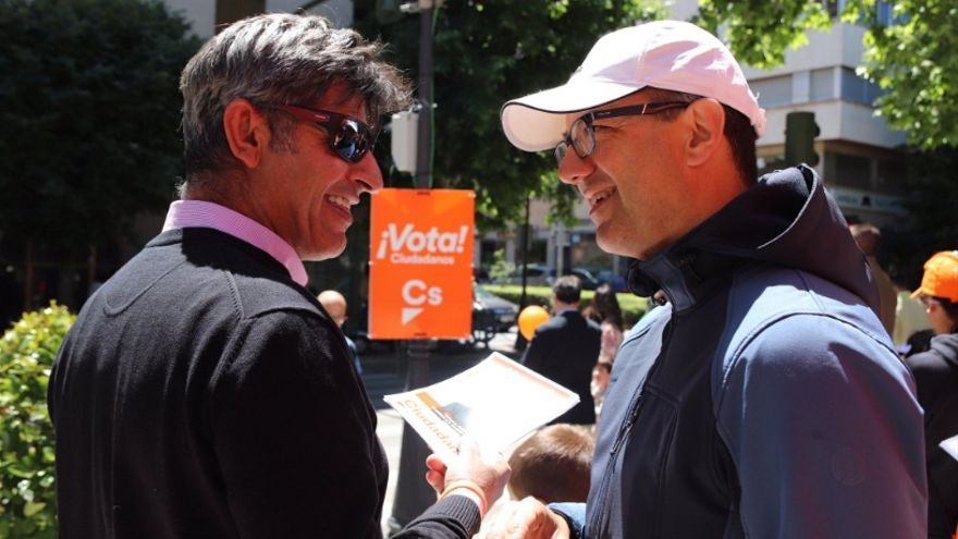 El candidato de Ciudadanos a la Presidencia de la Junta, Cayetano Polo, en Cáceres